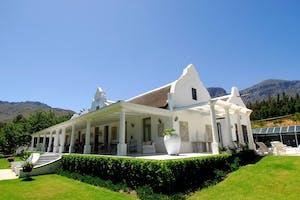 Grand Dedale Manor House