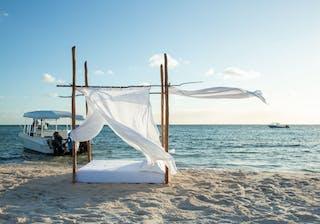 Azura Marlin Beach Day Bed On The Beach