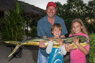 Azura Quilalea Family Fishing