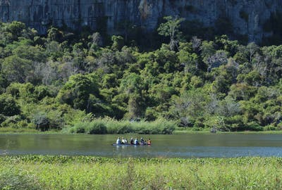 Balade En Pirogue Canoe Rambling  Iharana  Bush  Camp