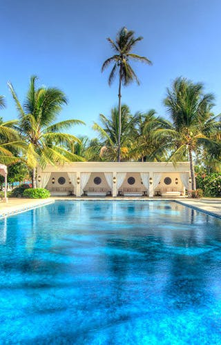 Baraza  Hotel And  Resort Pool