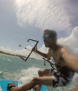 Ben Kitesurfing