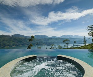 Ceylon Tea Trails Pool And Jacuzzi