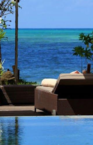 Dhevatara Beach Hotel Pool