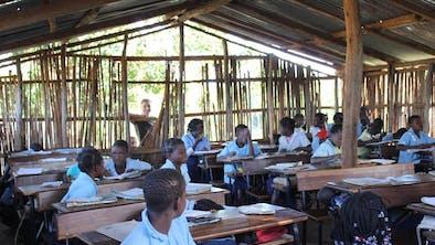 Dunes De  Dovela Local Community School