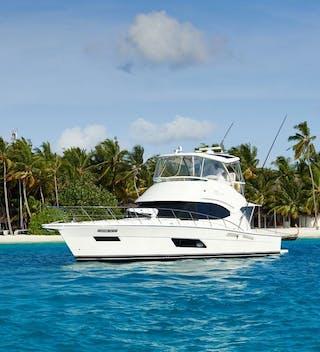 Gili Lankanfushi Yvonnes Transfer Yacht