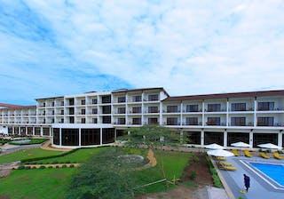 Haile Resort Arba Minch Pool