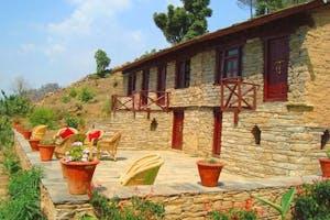 Itmenaan  Estate  Exterior