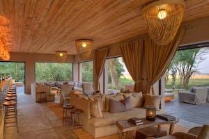 Kichwa  Tembo Lounge