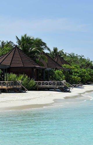 Komandoo Island Resort Jacuzzi Beach Villa Exterior