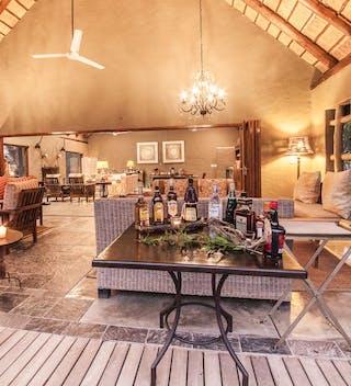Little  Garonga  Main  Lounge