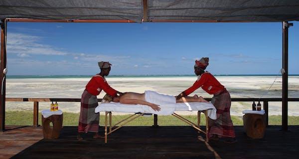 Massage Treatment At Coral Lodge Near Ilha De Mozambique