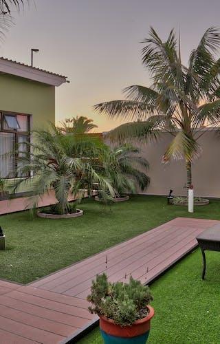 Namib Guesthouse Gardens