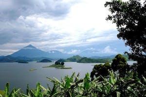 Nkuringo  Bwindi  Gorilla  Lodge  Lake  Mutanda