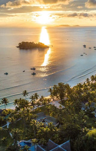 Paradise  Sun  Beach
