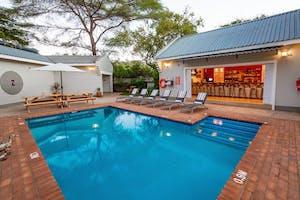 Phezulu Guest Lodge Swimming Pool