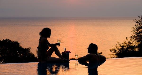 Pumulani Champagne Sundowner