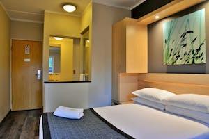 Rivonia Road Lodge Bedroom