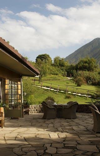 Sabyino Silverback Lodge Cottage