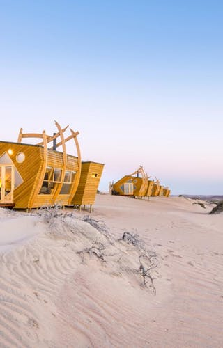 Shipwreck  Lodge Accomodation Chalets