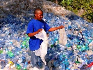 The Flipflopi Project Plastic Waste In Kenya