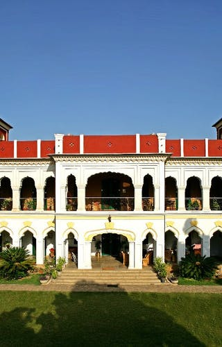 The Judges Court Manor