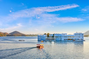 Udaipur  Lake  Palace