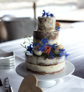 Ulusaba Wedding Cake