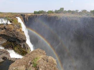 Victoria Falls Thorntree River Lodge