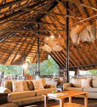 Vundu Camp Lounge