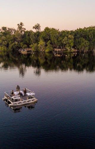 Xugana Island Lodge Sampan
