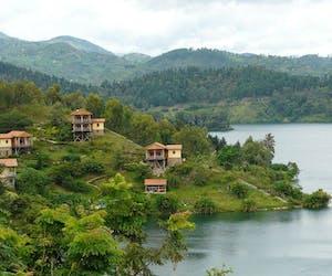 Cormoran Lodge Lake Views