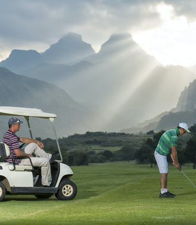 Cathedral Peak Golf