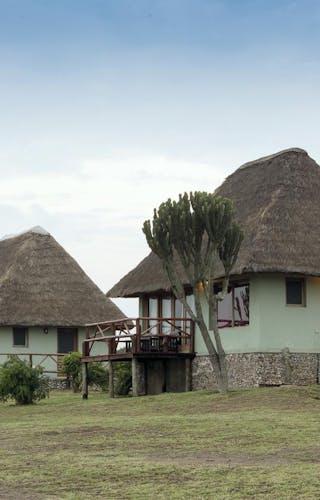Ihamba Lakeside Safari Lodge Chalets