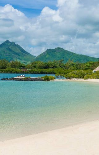 Four Season Mauritius Beach