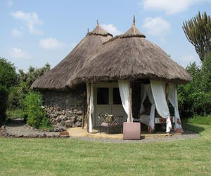 Mbweha Cottages