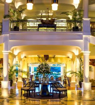 Hemingways  Nairobi  Welcome Lobby