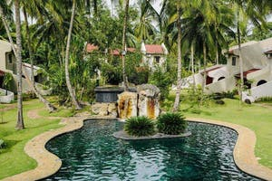 Omali Lodge Ext With Pool And Rooms