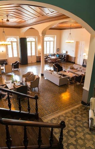Roca Sundy Lounge Interior Nice