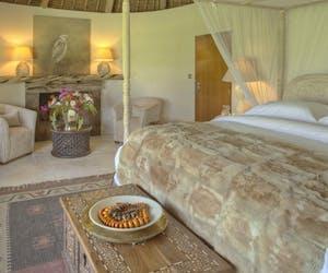 Sirikoi Lodge House Master Bedroom