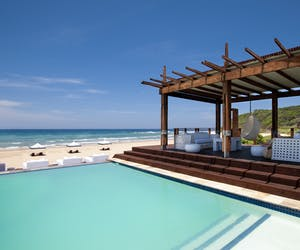White Pearl Resort Beach Bar Pool