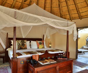 Wild Track Safris Eco Lodge Double Suite