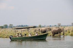 Zma16  Liwonde Boat Cruise