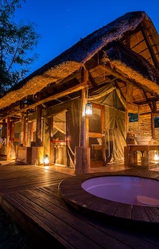 Zungulila Bush Camp Chalet At Night